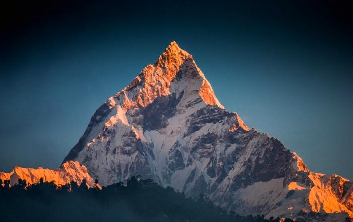 Тот случай, когда покорить вершину мешают человеческие верования. /Фото: blogspot.com
