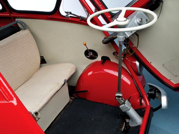 Внешний вид салона автомобиля. /Фото: italianways.com