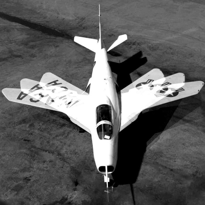 Самолет Х-5 с изменяемой стреловидностью. /Фото: imgur.com