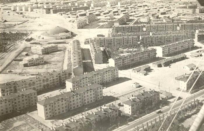 Так по мнению советского руководства, выглядел образцовый район в 1930-е годы. /Фото: wikiрedia.org