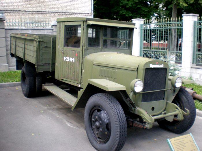 Грузовик ЗМС-5В - первая машина, сошедшая с ульяновского конвейера. /Фото: wikipedia.org