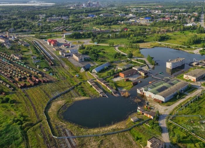 Самая большая проблема - это провалы прямо посреди города. /Фото: properm.ru