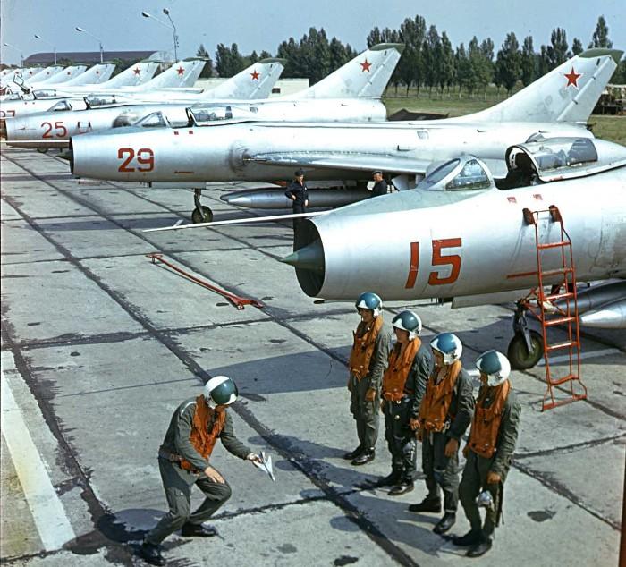 Пилоты называли самолет «трубой с хвостом». /Фото: livejournal.com