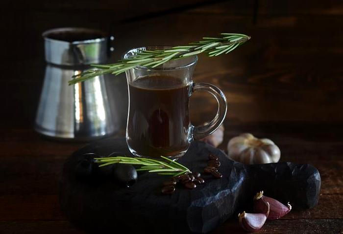 Странный вариант приготовления кофе очень популярен в Турции. /Фото: gastronom.ru