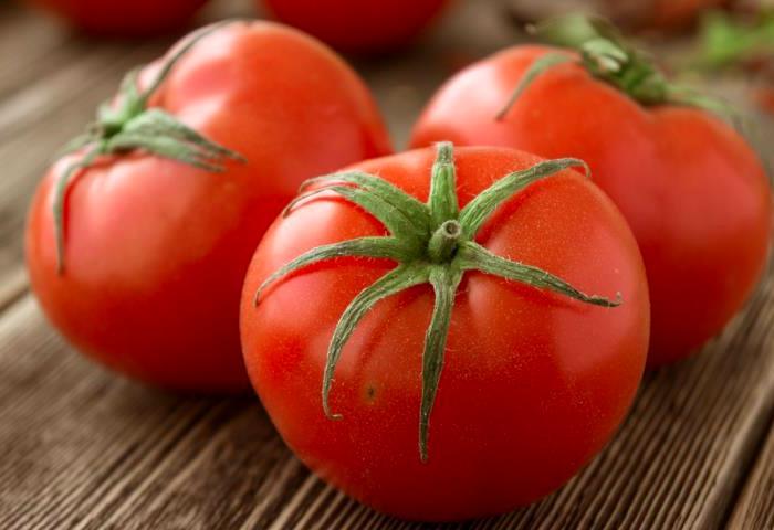 Напрасно многие из нас едят помидоры только в свежем виде. /Фото: gastronom.ru