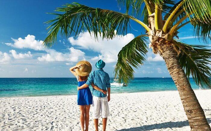 На общественном пляже Мальдив в бикини не появиляться. /Фото: blog.apltravel.ua