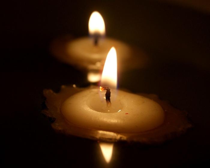 При правильном апгрейде огарок свечи становился идеальным тайником для драгоценностей. /Фото: pixabay.com