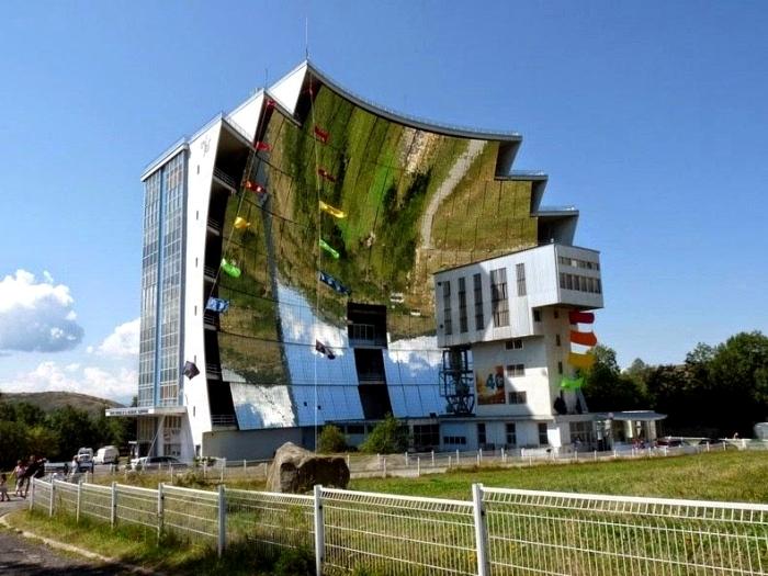Французская печь на солнечной энергии не пользуется на родине почетом. /Фото: fishki.net