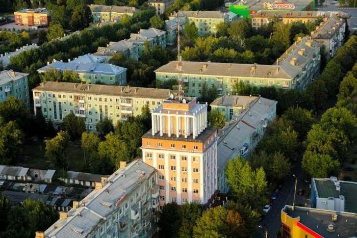 Современный Новомосковск ни названием, ни видом от десятков других городов не отличается. /Фото: newstula.ru