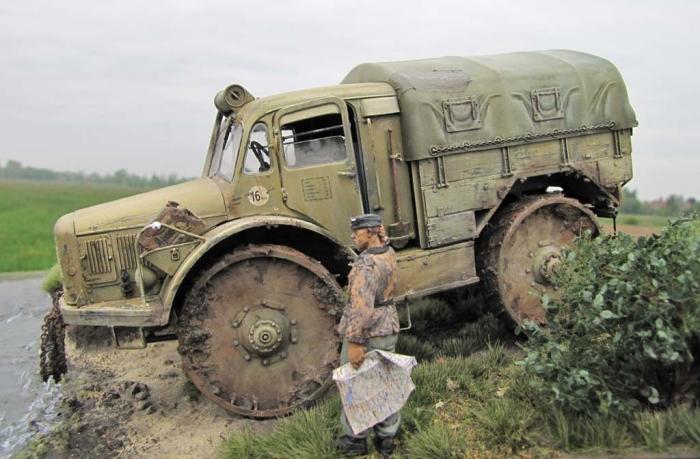 Вездеход оказался не таким проходимым, как хотелось. /Фото: wykop.pl