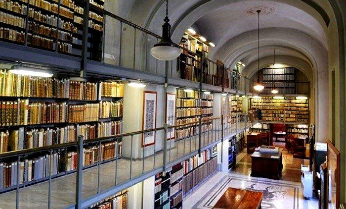 Доступ в библиотеку сильно ограничен. /Фото: vaticannews.va