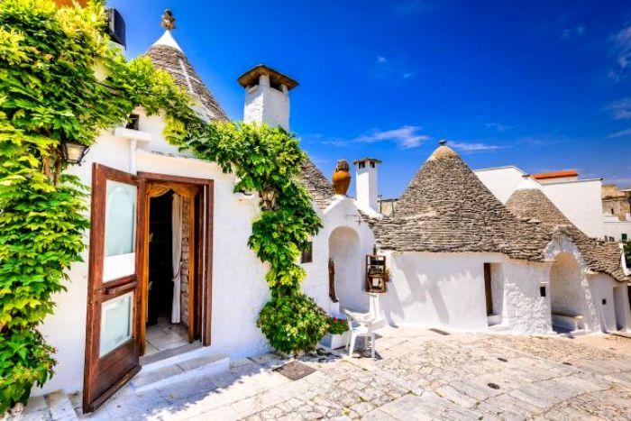 Нетривиальные дома как для современной Италии. /Фото: wp.com