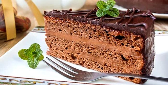 Редкий случай, когда оригинальный вкус торта не потерялся со временем. /Фото: club-licey.ru