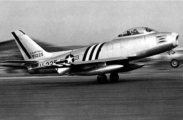 Американский истребитель F-86 «Сейбр». /Фото: lhistory.ru