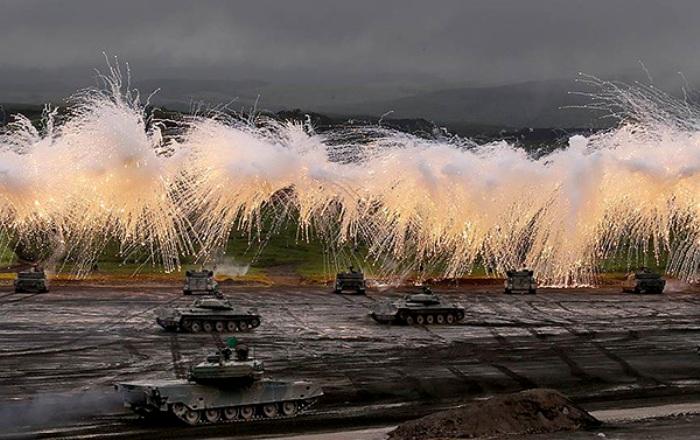 Белый фосфор несет разрушительный огонь. /Фото: militaryarms.ru