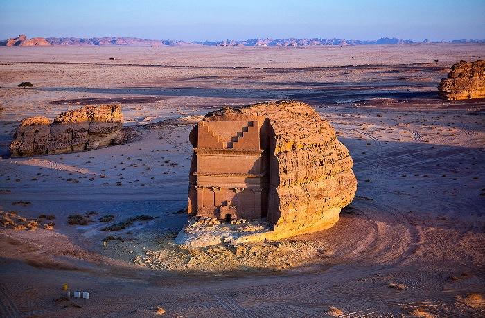 Сооружение находится в отдалении от остального комплекса. /Фото: perito-burrito.com