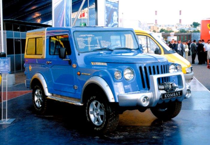 ГАЗ-2169 «Комбат» на выставке в 2000 году. /Фото: wheelsage.org