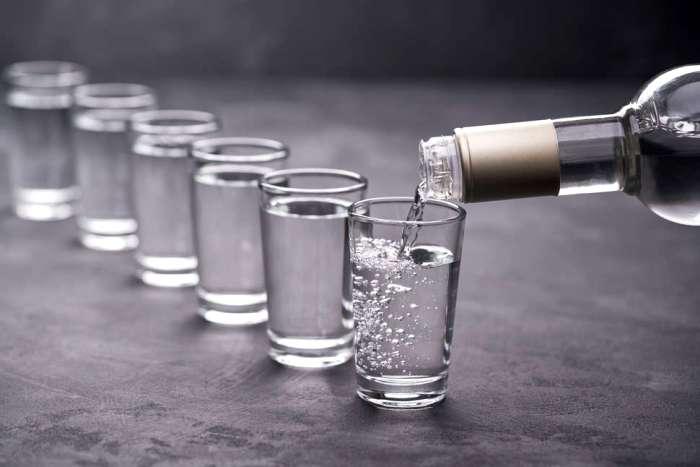 Для чистой как слеза водки и вода должна быть соответствующая. /Фото: tstosterone.ru