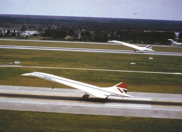 Взлет реактивных самолетов был ярким но недолгим. /Фото: airporthistory.org