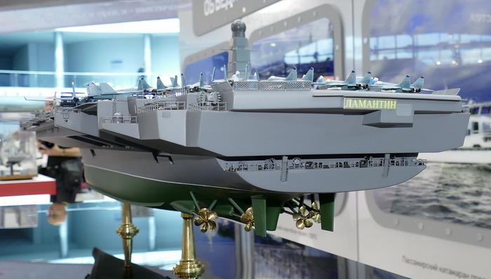 Возможно, уже через десять лет новый отечественный авианосец будет бороздить водные просторы. /Фото: bastion-karpenko.ru