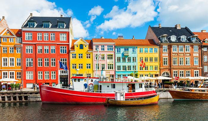 Разноцветный уголок Дании. /Фото: clevertravel.com.ua