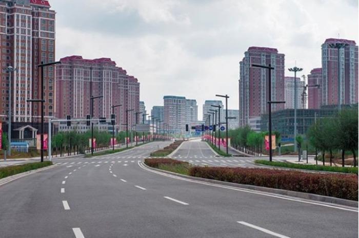 Один из самых известных пустых городов в Китае. /Фото: vokrugmir.ru