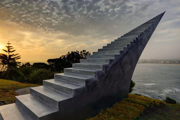 Скульптура, которая кажется бесконечной. /Фото: theawesomedaily.com