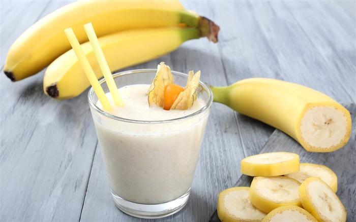 Банановый смузи - не лучшее решение для организма. /Фото: changes.club