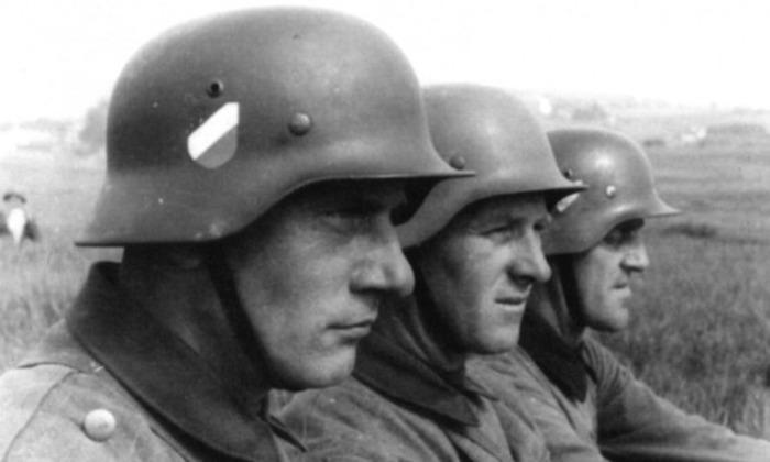 Немцы за отказ от ношения каски строго наказывались. /Фото:  fishki.net