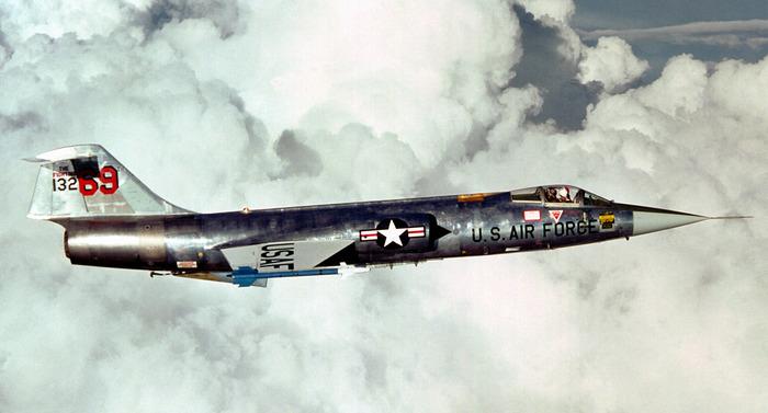 Известный, но не самый лучший самолёт Холодной войны. /Фото: britannica.com