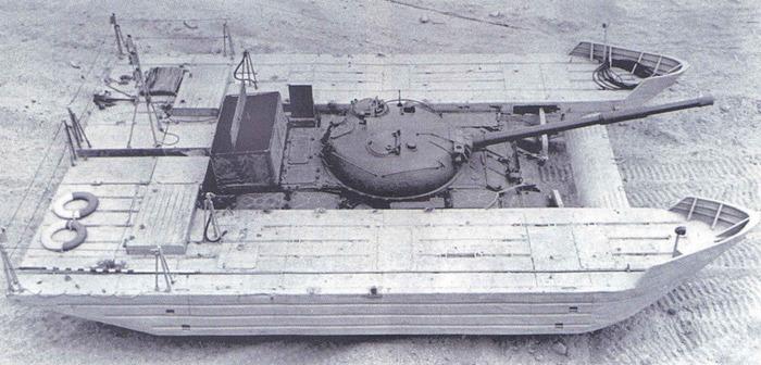 Попытки поставить танки на подводные крылья шли многие годы. /Фото: radikal.ru