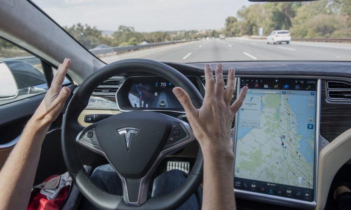 Автомобили теперь могут ездить без водителей.  /Фото: pravmir.ru