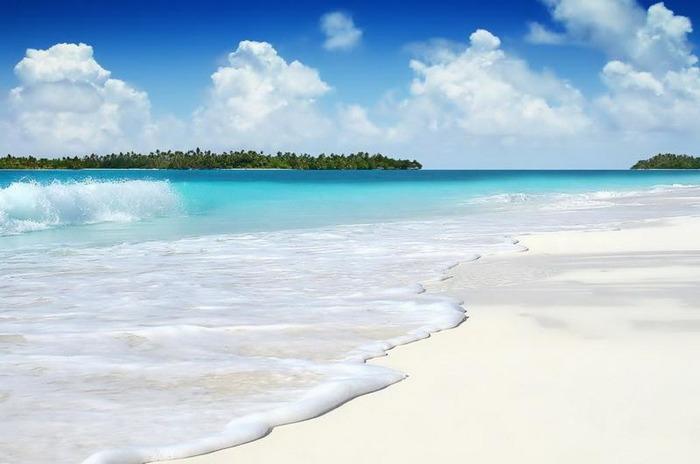 Самый белый пляж на планете. /Фото: go2trip.ru