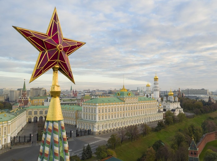 Звёзды на башнях Кремля появились сравнительно недавно. /Фото: pobedarf.ru