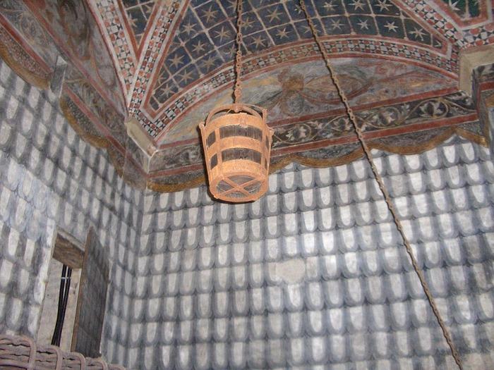 Реплика того самого ведра. /Фото: wikipedia.org