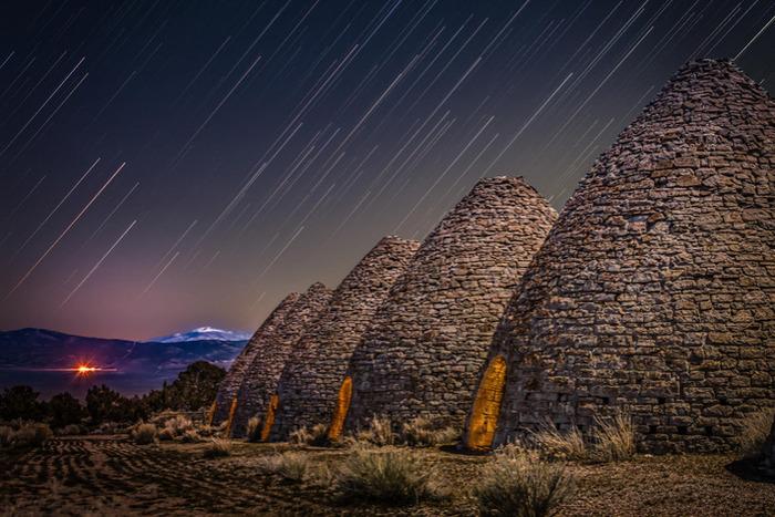Ночью они выглядят просто завораживающе. /Фото: pandotrip.com