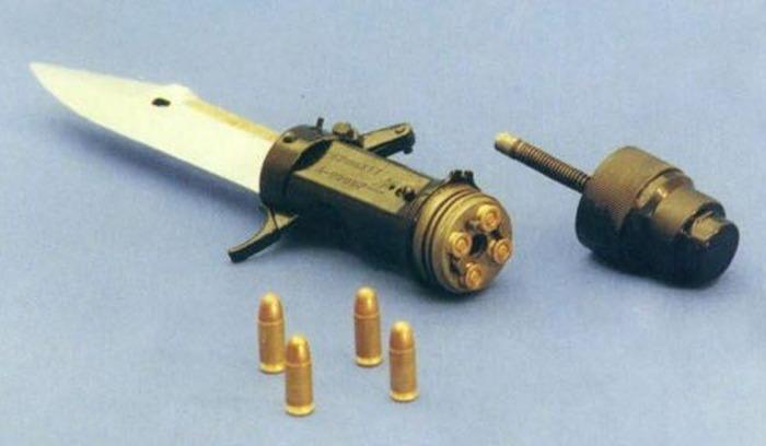 Два в одном, или как китайский спецназ вооружили стреляющими ножами