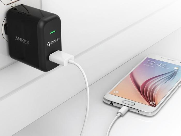 Миф о зарядке - один из самых известных. /Фото: android.mobile-review.com