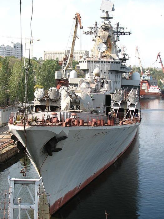 Недостроенный ракетный крейсер «Украина» в Николаеве, 2008 год. /Фото: wikipedia.org