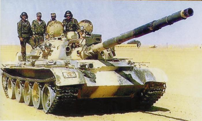 Одним танком управляют четыре человека. /Фото: vpk.name