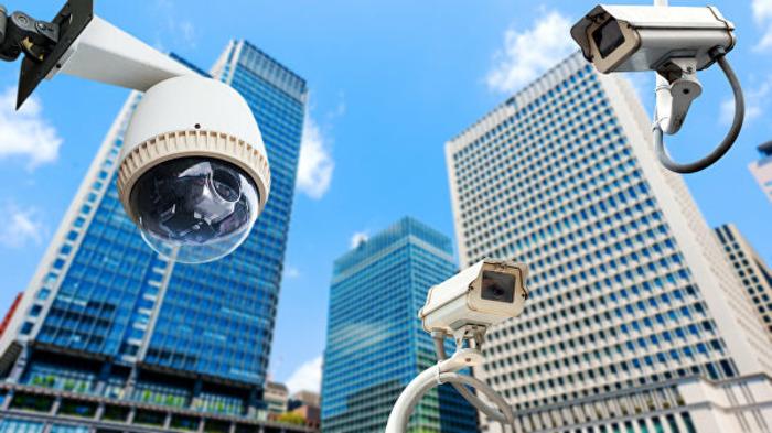 Камеры на улицах во имя безопасности.  /Фото: RIA.ru