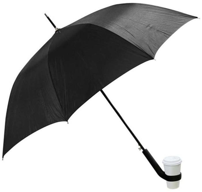 Когда во время кофе-брейка на улице внезапно пошел дождь. /Фото: legaltechnique.org