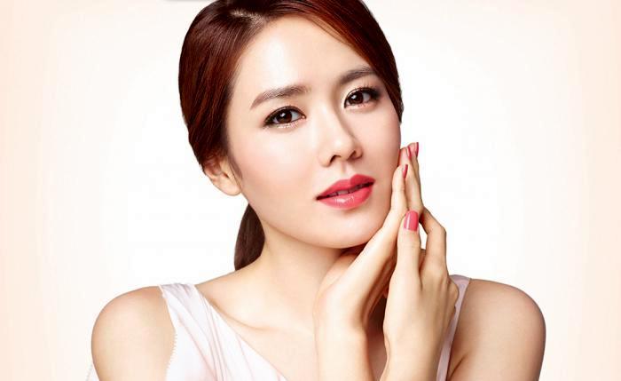 У кореянок четко установленные стандарты идеального лица. /Фото: lady-journal.info