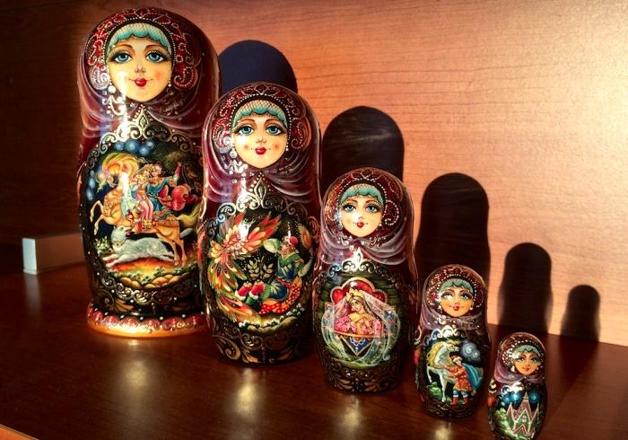 Легендарная русская кукла известна в мире и под своим названием. /Фото: russlandjournal.de
