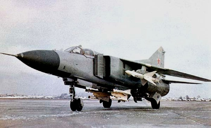 Истребитель МиГ-23М. /Фото: airwar.ru