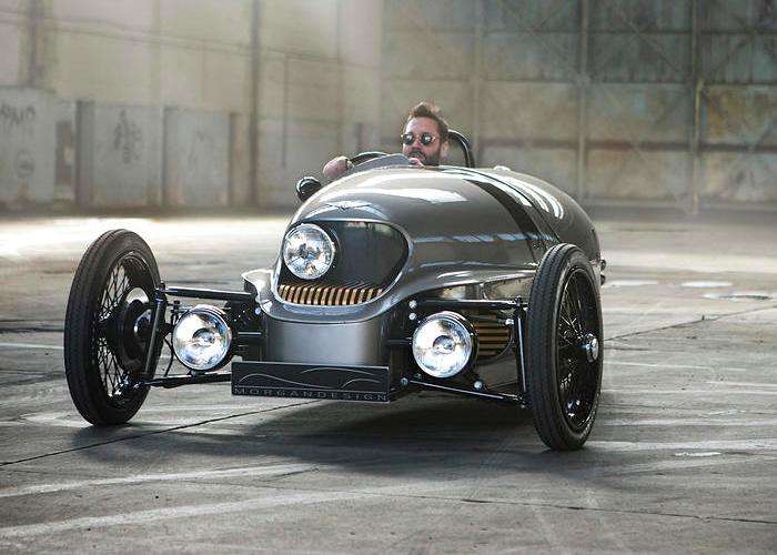 Машина, которая будто сошла с фильма о бондиане. /Фото: autocar.co.uk