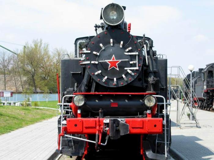 Танк-паровоз серии 9П, вид спереди. /Фото: brestobl.net