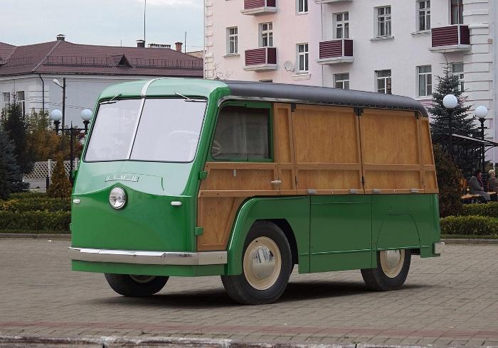 НАМИ-750, современная реплика. /Фото: laz-legend.ru