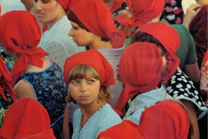 В СССР косынки носили практически все девушки. /Фото: fishki.net