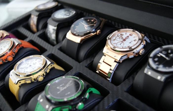 Наручные часы сегодня считают недостаточно функциональными. /Фото: obzor.io